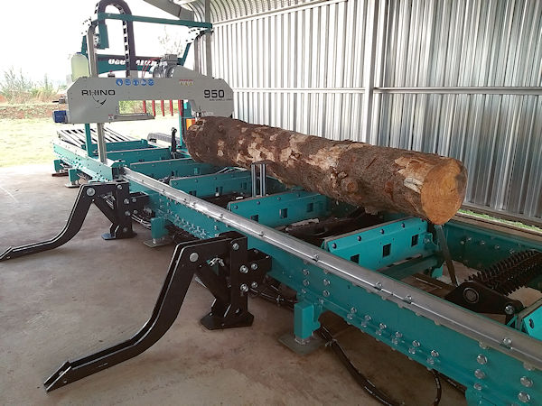 Rhino Band Sawmills 950 HD