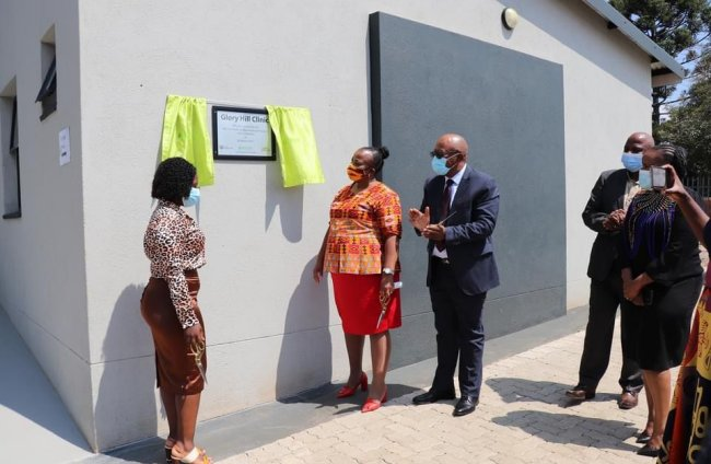 Safcol hands over Glory Hill Clinic to the Mpumalanga Department of Health