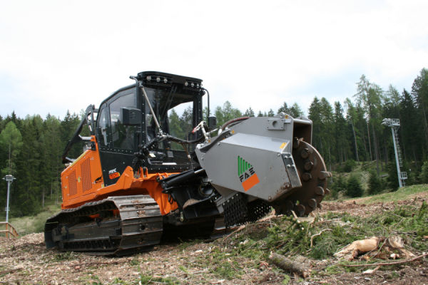 PT-300 with stump cutter
